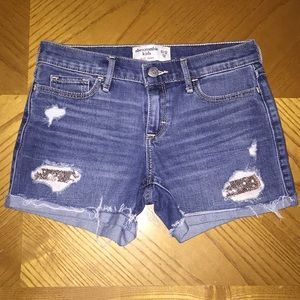 abercrombie kids Bottoms - Girls Abercrombie midi shorts size 11/12